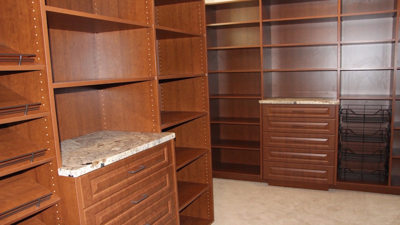 Custom-Walk-In-Closet-with-Granite1